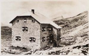 Biella alla Croda del Becco (Rifugio) già Egererhütte