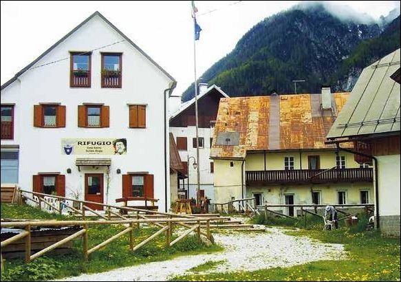 Casa Alpina Julius Kugy (Rifugio)